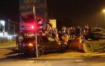 Столкновение BMW и Honda: ребенок и его мать доставлены в больницу