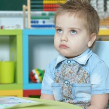 Tyčiotis vaikai pradeda jau darželyje: kaip užbėgti tam už akių