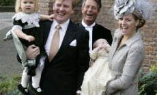 Olandijos karalius Wil emas Alexanderis ir karalienė Maxima krikštija dukterį princesę