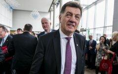 Премьер призвал эмигрантов в Норвегии поддерживать отношения с родиной