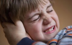Kai skauda ausį: pataria gydytoja