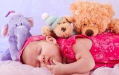 Pasikeitę vaiko išmatos praneša apie galimas ligas