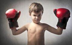 Vaikų konfliktai darželyje: mušasi, kandžiojasi, gnaibosi