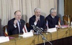 Станислав Шушкевич: у меня была чернильная ручка, которой я с удовольствием все это подписывал