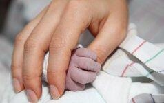 """Pirmi žodžiai po gimdymo: """"Ir ką – tai viskas?!"""" Gimdymo istorija"""