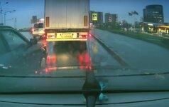 Kaunietis pasipiktino vairuotojo elgesiu: aš suprantu jo pyktį, bet...
