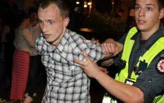 В самую короткую ночь полицейским в Вильнюсе пришлось хорошенько потрудиться