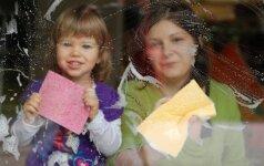 Kuo valyti namus, kuriuose auga mažų vaikų