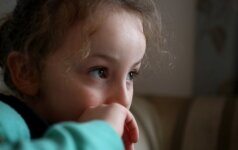 Kas nutinka, jei šeimoje tėtis yra itin valdingas ir griežtas