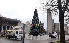 Пользователи Интернета выбрали худшую рождественскую елку Литвы