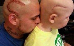Socialinius tinklus pravirkdė tėčio ir sūnaus nuotrauka