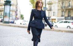 Carine Roitfeld – stilinga paryžietė, kurią sunku būtų pavadinti močiute