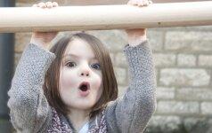 Didžiausi vasaros pavojai vaikams ir gydytojos patarimai, kaip suteikti pirmąją pagalbą