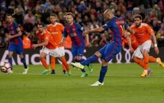Барса забила Осасуне семь голов за матч, Маскерано — первый за семь лет