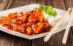 Kinų virtuvė: kalakutiena su anakardžių riešutais