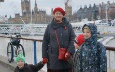 Kaip Anglija pasitiko išsiskyrusią 4 vaikų mamą? Dienoraštis be nutylėjimų