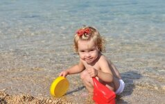 Vasara su kūdikiu: 10 patarimų, kad atostogos nevirstų pragaru