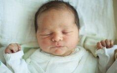 Psichologė – apie neramų kūdikių miegą