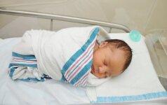 Ketvertuką pagimdžiusi 65 metų moteris sulaukė ypatingų žinių