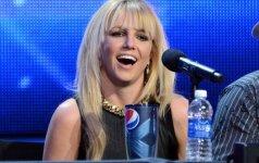 Naujame Smurfų klipe su Britney Spears nusifilmavo abu jos sūnūs video