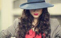 Kodėl gražioms moterims įsidarbinti sudėtingiau?