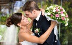 Per vestuves pravirko kūdikis – kaip pasielgė jaunoji? FOTO