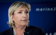 Ле Пен на собрании правых: политикой будущего будет патриотизм