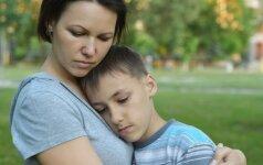 Esu nevykusi mama: kaip gyventi su tokiu kaltės jausmu
