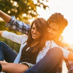Daugybė vaikino kūno ženklų, signalizuojančių, jog tu jam kažką reiški