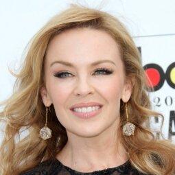 Kylie Minogue jaunatviškumas dingo kaip į vandenį (FOTO)