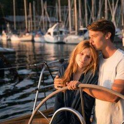 """Laukiamiausias pavasario filmas """"Vidurnakčio saulė"""": aktoriams jausmų vaidinti nereikėjo (VIDEO)"""