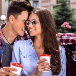 8 sakiniai, kurie privers vaikiną tave įsimylėti
