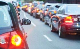 Парламент Литвы критиковал налог на автомобиль, однако одобрил его в первом чтении