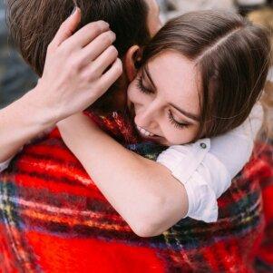 Santykių ekspertas atskleidžia: yra 3 pagrindiniai ženklai, jog jis nėra tau skirtas