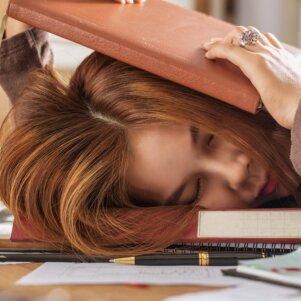 Jautiesi išsunkta ir pervargusi? Šios 3 tiesos tau padės įgaunant jėgų