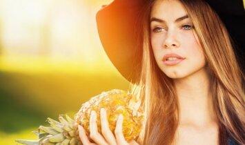 """6 grožio produktai, kuriuos <span style=""""color: #ff0000;"""">privalai</span> turėti vasarą"""