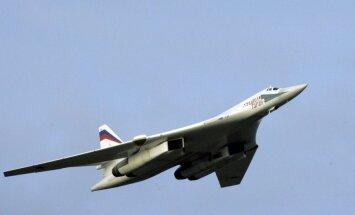 Rusijos strateginiai bombonešiai Tu-160