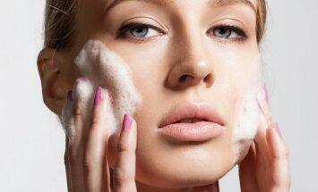 Būtina žinoti: kaip teisingai atlikti veido valymą žiemos metu