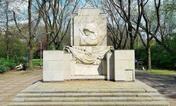Памятник Благодарности Красной Армии в Варшаве