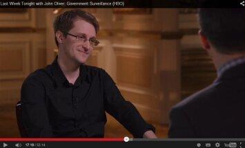 Edwardo Snowdeno interviu Johnui Oliveriui