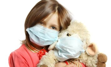 vaikas, mergaitė, liga, alergija, gripas,virusai, peršalimas,ligoninė