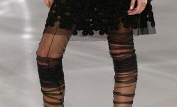 Kojinės. Ruduo - žiema 2005-2006. Chanel