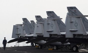JAV naikintuvai F/A-18