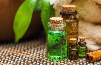 5 būdai, kaip panaudoti arbatmedžio aliejų savo grožiui puoselėti