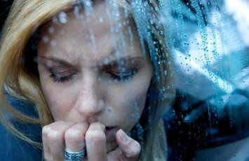 Kodėl neigiamas emocijas išgyvename kur kas stipriau, nei teigiamas