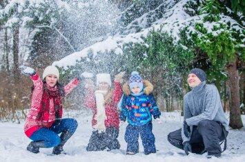 Ar atspėsite, kiek vaikų turintys tėvai jaučiasi laimingiausi?