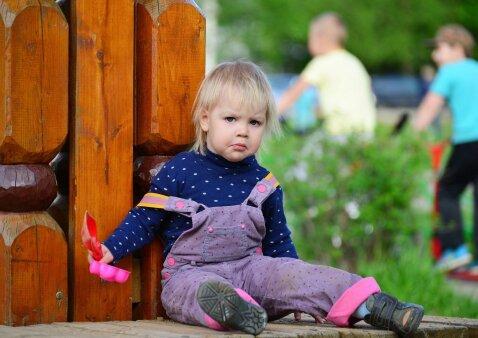 Nervų karas atėjus paimti vaiko iš darželio: ką daryti?