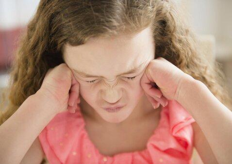 Dvi seserys nebendrauja viena su kita: ką patars psichologė
