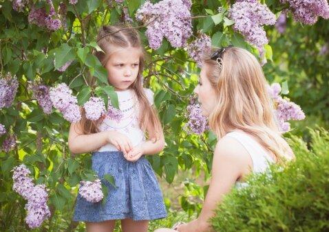 Psichologė – apie vaiko elgesį, kuris priverčia tėvus raudonuoti