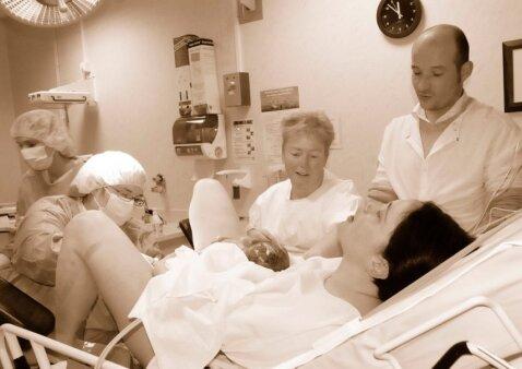 Lietuvės atvirauja, ar vyrui vieta gimdyme: argumentai nustebins